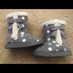 Toddler girl Cherokee grey boots size 5